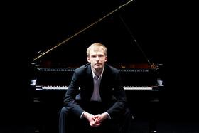 Bild: Piano Recital, Anton Rosputko Klavier