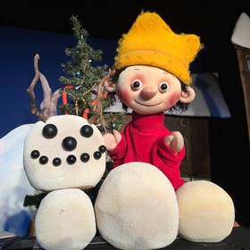 Bild: DER KLEINE KÖNIG FEIERT WEIHNACHTEN - Weihnachtsmärchen für Theateranfänger von Hedwig Munck