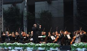 Bild: Neujahrskonzert - mit den Rhein-Main-Philharmonikern Frankfurt