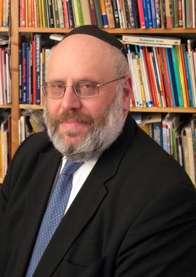 Bild: Rabbi Rothschild erzählt aus seinem Leben und singt Lieder