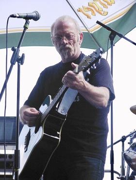 Bild: Pete Donnegan und Band