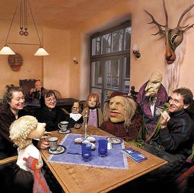 Bild: Literaturcafé - Du sagst Physalis - aber ich glaube an Märchen