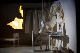 Bild: Tabula Rosa (6+ / 45 min.) - Hop Signor Puppet Theatre (GR)