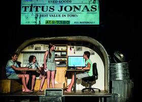 Bild: Die Drei ??? - Fluch des Piraten - nach dem Roman von Ben Nevis - Junges Theater Bonn für Zuschauer ab 8