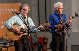 Bild: Folk mit den Matching Ties - Irish & British Folk, Bluegrass & Blues