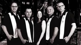 Bild: The Chaperals & Boppin´ B - Twistin' by the Pool - Rock'n'Roll im Hallenbad