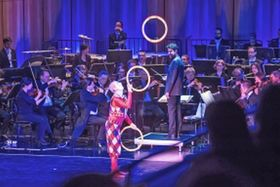 Bild: Zirkuswelten - Symphoniekonzert mit Artistik