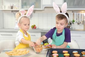 Bild: Ei, Ei, Ei, wer nascht denn da? Osterbacken für Kinder