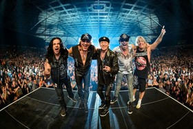 Bild: SCORPIONS - CRAZY WORLD TOUR 2018