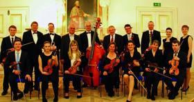 Bild: Dillinger Kammerorchester - unter der Leitung von Wolfgang Düthorn