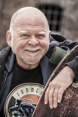 Bild: Bernd Gieseking - Früher hab´ ich nur mein Motorrad gepflegt