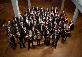Bild: Smetana  -  Die Moldau, Rachmaninow  -  Klavierkonzert Nr.2, Tschaikowsky  -  Symphonie Nr. 4