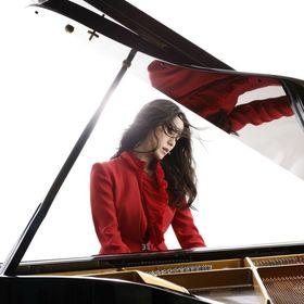 Bild: Younee - Klavierkonzert