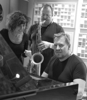 Bild: Butterbrezel-Jazz im Schlosshof mit Lea Knudsen & den Loungecats