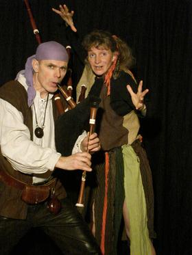 Bild: Der Spielmann und die Hexe - Ein turbulentes Kinderstück mit dem Musiktheater Cammin