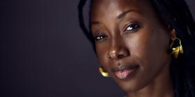 Bild: Natalia Doco / Fatoumata Diawara - Mali Blues meets Cumbia, Chansons und Zauberei