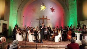 Bild: Weihnachtskonzert - Oranienburger Schloßmusik