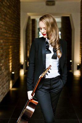 Bild: Tatyana Ryzhkova – Klassisches Gitarrenkonzert