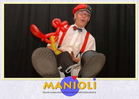 Bild: Kinderzauberkünstler Manioli auf Burg Frankenstein