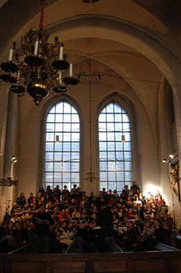 Bild: Antonin Dvorak: Stabat mater, op. 58 für Soli, Chor und Orchester