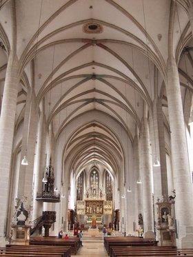 """Bild: Kirchenführung zum Konzert """"Die Schöpfungsgeschichte"""