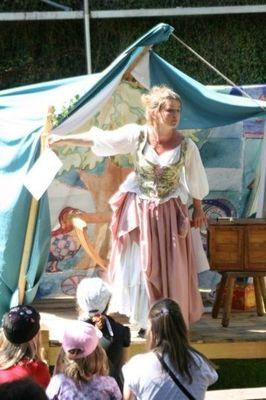 Bild: Die Prinzessin auf der Erbse - Sonntagsmärchenkarussell