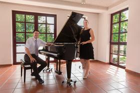 Bild: Deutsch-Amerikanischer Liederabend: Miriam Möckl (Sopran) und Holger Blüder (Klavier)