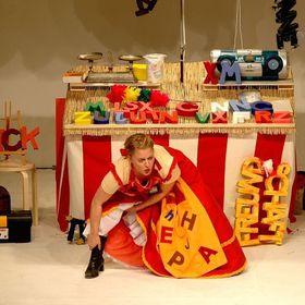 """Bild: 19. Kultursommer - Familientheater im Friedgarten - """"Die Händlerin der Worte und die gestohlenen Wörter"""""""