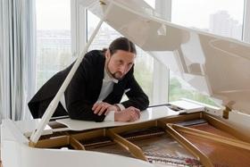 Bild: Günther Stolarz - Stolarzoper - Klavierkabarett eines Baritons