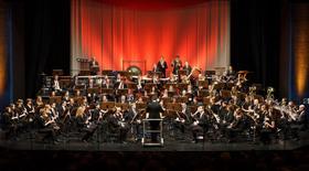 Bild: Bläserphilharmonie Deutsche Weinstrasse - Leitung: Thomas Kuhn