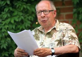Bild: Wer einmal aus dem Blechnapf frisst - Literatur im Grünen