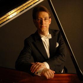 Bild: Erik Reischl - Klavierkonzert - Erik Reischl spielt Frédéric Chopin & W.A.Mozart