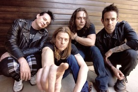 Bild: Puddle of Mudd - plus Psycho Village