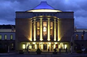 Bild: Große Oper klein: HÄNSEL UND GRETEL - gekürzte Fassung für Schulen       WIEDERAUFNAHME