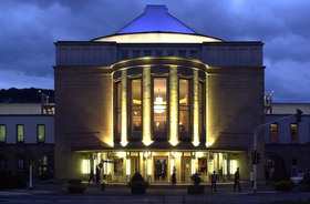 Bild: Große Oper klein: CARMEN - gekürzte Fassung für Schulen       PREMIERE