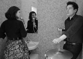Bild: Nora Gomringer und Philipp Scholz: Machen wir das Gedicht? Aus. - Lauter leise Lesekonzerte: Finale furioso