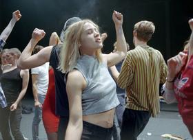 Bild: Crowd - Gisèle Vienne