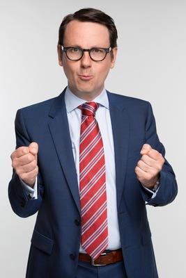 Bild: Kabarett mit Sebastian Schnoy - Dummikratie - Warum Deppen Idioten wählen