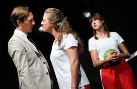 Bild: Mutter Courage - Schauspiel von Bertolt Brecht