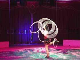 Bild: Circus Carelli - Augsburg - Die Gebrüder Barelli präsentieren die affengeilste Circusshow 2018