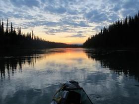 Bild: Miriam & Horst Schönweiß: Yukon River Quest - 715 km in 3 Tagen mit dem Kanu auf dem Yukon