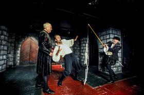 Bild: Shakespeares sämtliche Werke - Vaganten Bühne