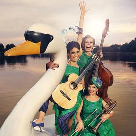 Bild: Zucchini Sistaz - Falsche Wimpern - Echte Musik