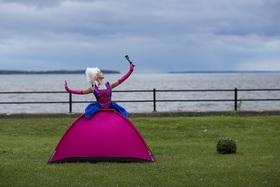 Bild: Camping Royale - Ein verdrehtes Märchen