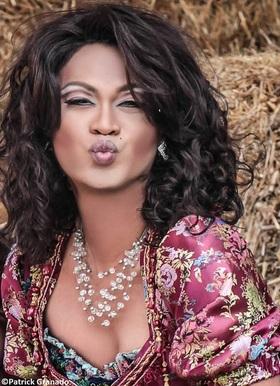 Bild: Sweet Transvestite - Die neue, unwiderstehliche Show der