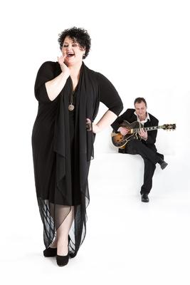 Bild: Voice & Strings - Musik & Antipasti - Soulig, groovig, stimmgewaltig