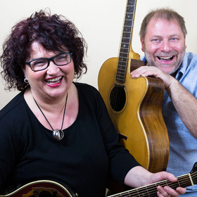 Bild: Wulli Wullschläger & Sonja Tonn - Musikalischer Jahresrückblick