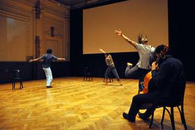 Bild: Permanente Beunruhigung - Internationales Performancefestival