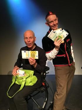 Bild: Baden-Baden - und die Taschen voller Geld