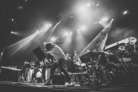 """Bild: VKKO – Orchestra In Residence - """"NEANDERTHAL RISING"""""""